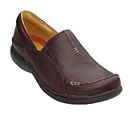 Clarks Unstructured Un.Buckle Leather Slip-on Shoes - A211570