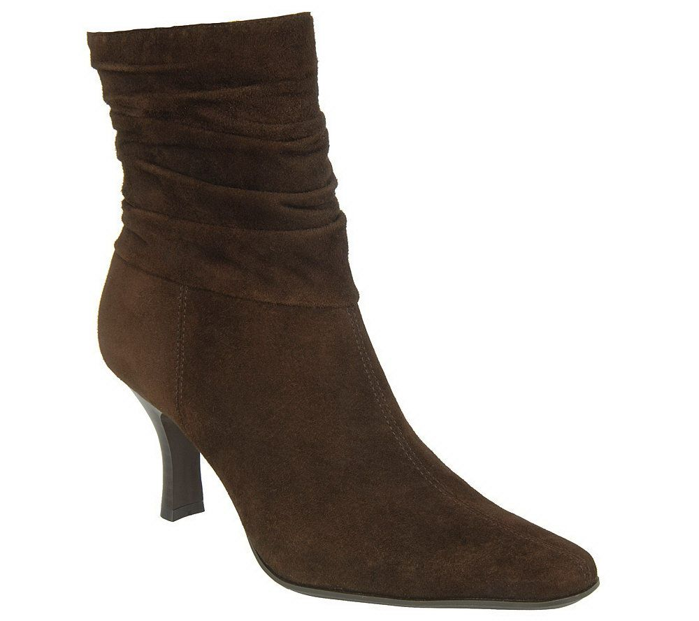 Water-resistant Suede Boots with Ruching